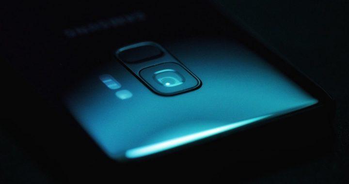 Szkło hartowane jako dodatkowa ochrona ekranu smartfona